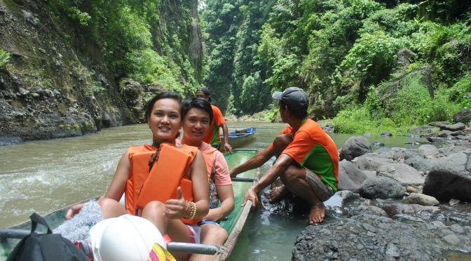 Cavinti / Pagsanjan Falls: Shooting the Rapids